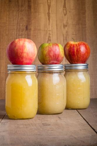 Quick and Easy Farm Fresh Applesauce Recipe