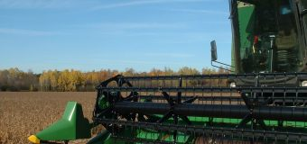 Mitigating the spread of crop diseases during harvest