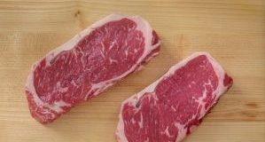 How much do Canadian consumers enjoy their home-cooked steaks?
