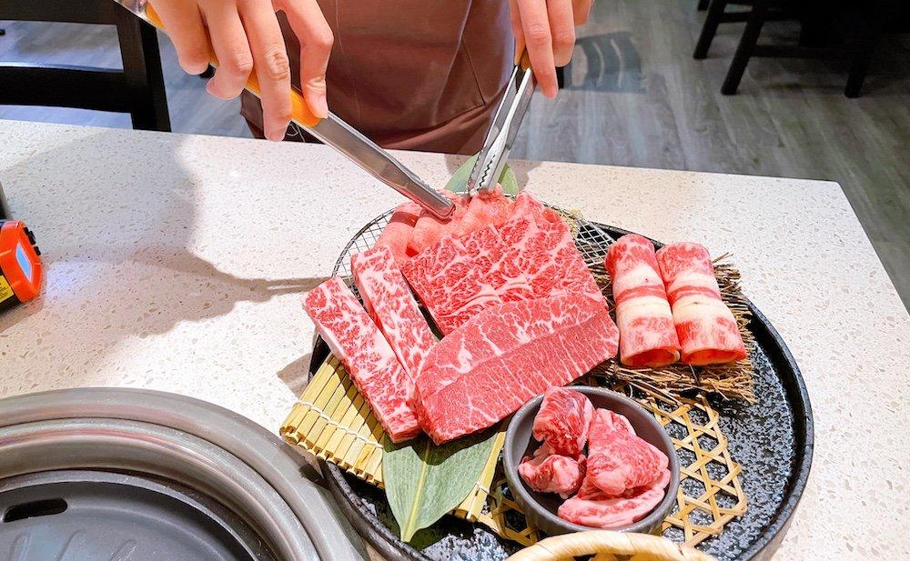 台北燒肉推薦-小巨蛋美食四時輕燒肉牛肉部位