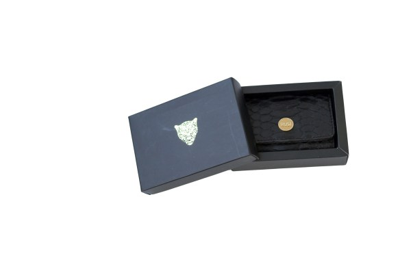 mini wallet black boxed scaled