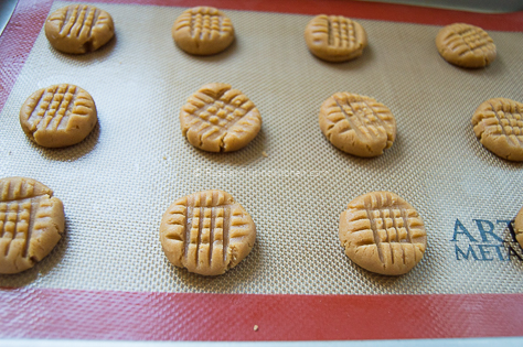Classic Peanut Butter Cookies 18