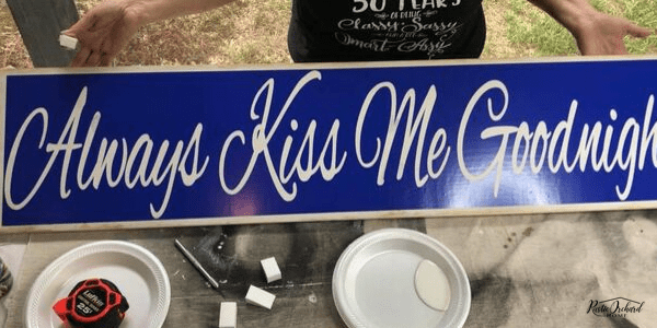 Learn to make a distressed wood sign with a stencil using this DIY home decor tutorial. #rusticorchardhome #diyhomedecor #diyhomedecortutorial #distressedwoodsign #woodensigndiy