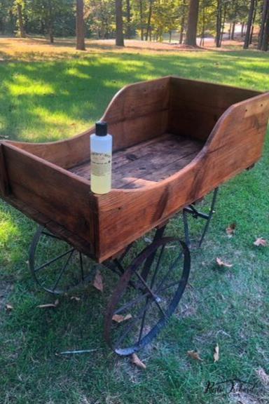 Learn how to use Hemp Seed Oil to refresh raw wood! This is a simple process that can totally transform the look of old wood furniture & decor. #rusticorchardhome #hempseedoil #hempoil #rawwood #woodworking