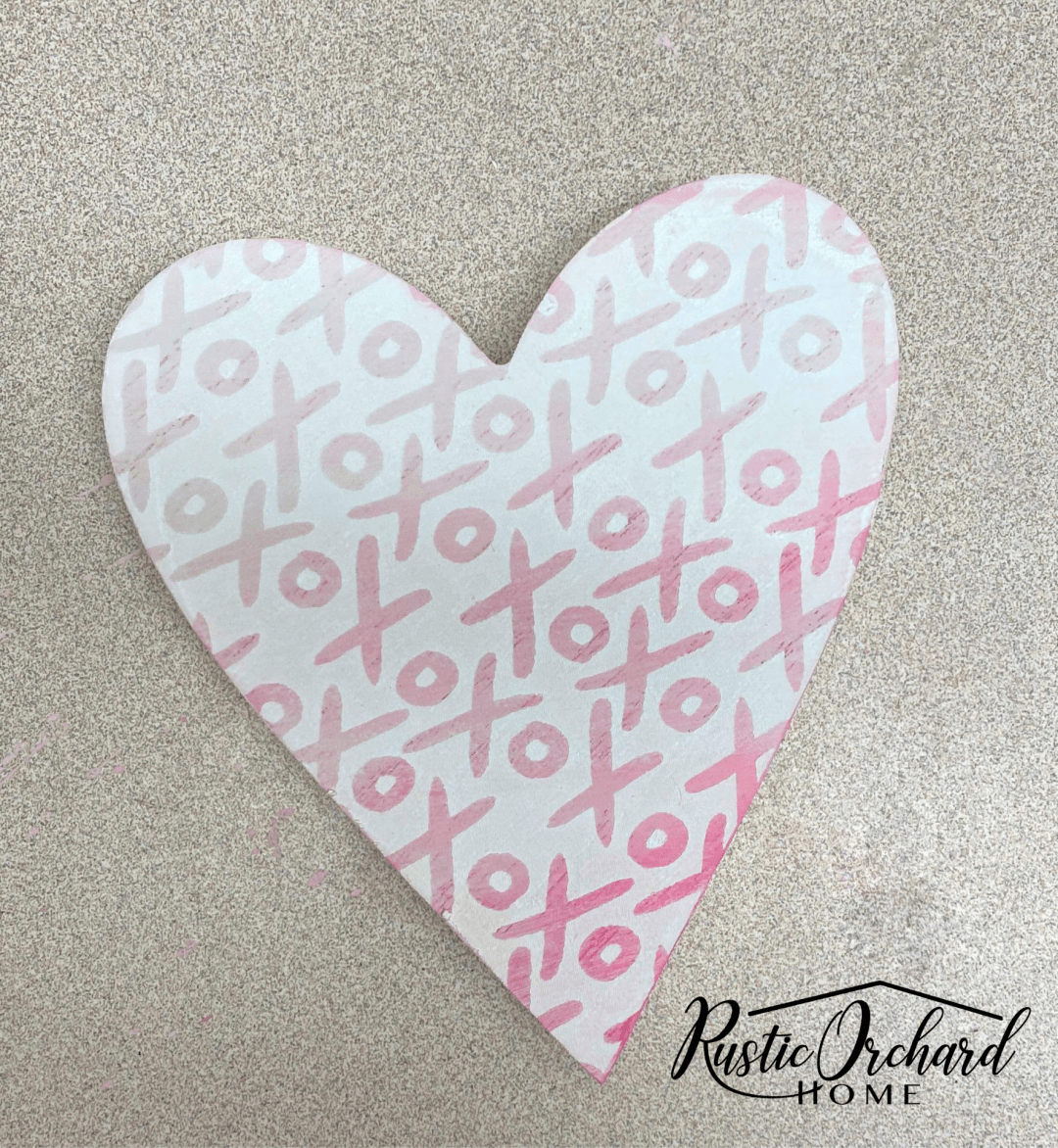 This Ombre Stenciling Technique is the perfect way to dress up your Valentine's Day Crafts and winter home decor!
