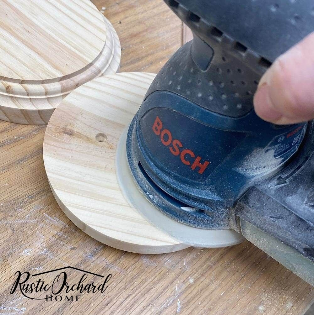 Learn to create a chipped paint finish on a DIY chunky candlestick. This is the perfect paint finish for anyone who loves a vintage farmhouse look.