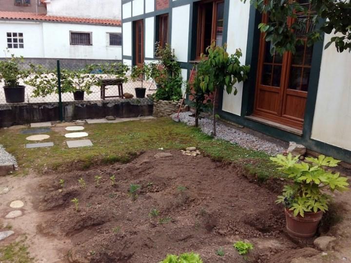 PLANTA BAJA 2 DORMITORIOS EN CASTAÑEDA. Ref 1529 V