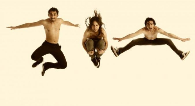 The Dry Mouths jumping-1024x554