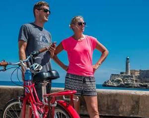 bike-city-tour-all-over-havana-center-cuba
