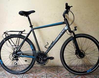Graville Touring Bike