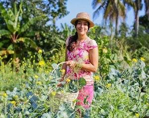 woman-farming