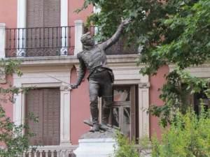 Monumento al Teniente Ruiz (1)