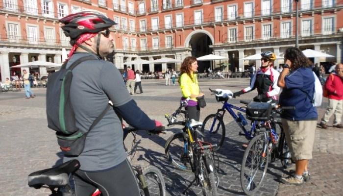 Plaza_Mayor_Madrid_de_Cine_en_bicicleta