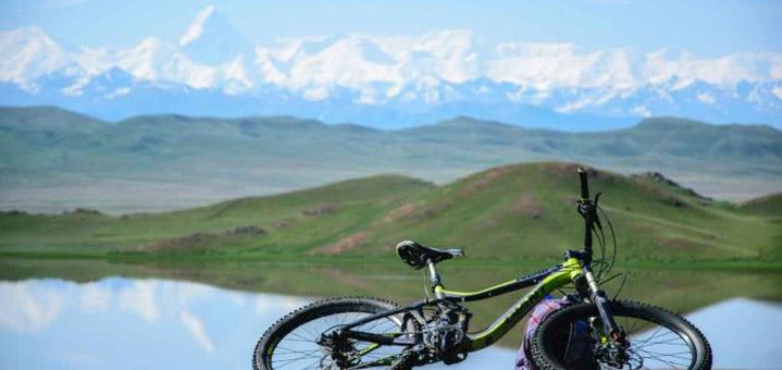 Asia Central en bici