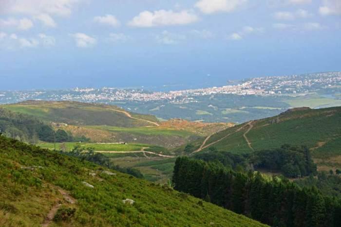 De la montaña al mar Hendaya y Hondarribia de fondo