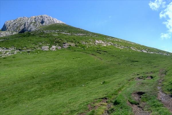 Collado de Egurral y último ascenso hacia Txindoki