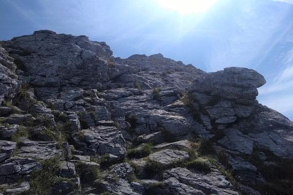 Ascenso por tramo rocoso