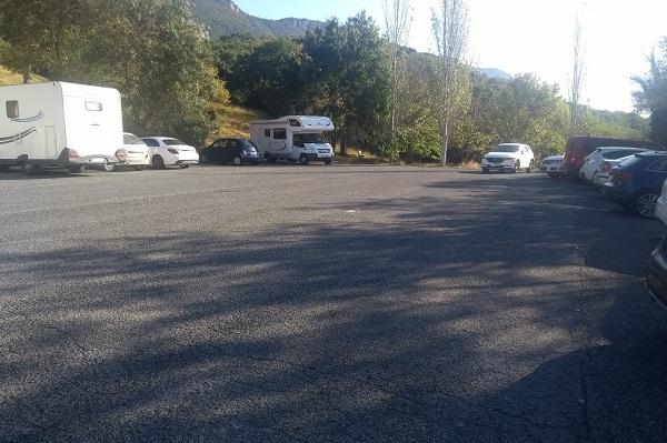 Parking del Monasterio de Leyre