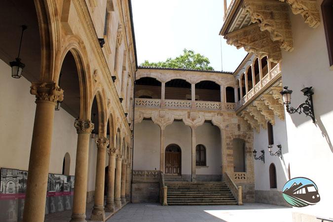 Palacio de las Salinas - Salamanca