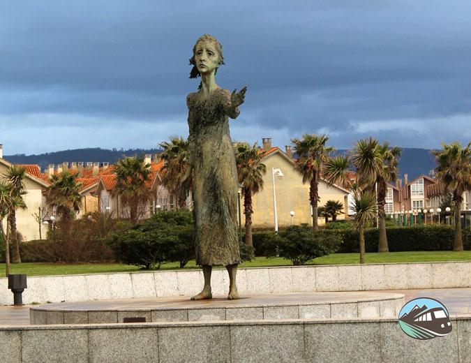 Estatua de la madre del Emigrante