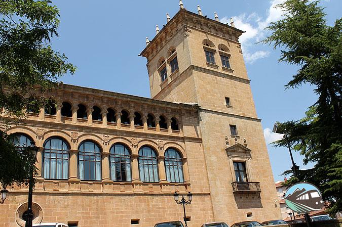 Palacio de los Condes de Gomára - Soria
