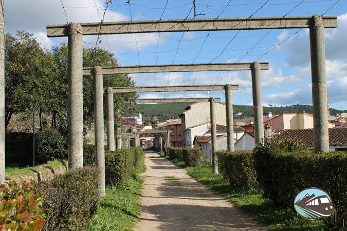 Jardines del Palacio del Infante Don Luis de Borbón – Arenas de San Pedro