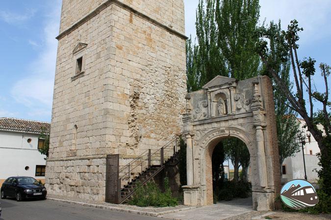 Pórtico y Torre San Martín - Ocaña