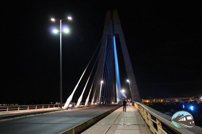 Puente Real de noche -Badajoz