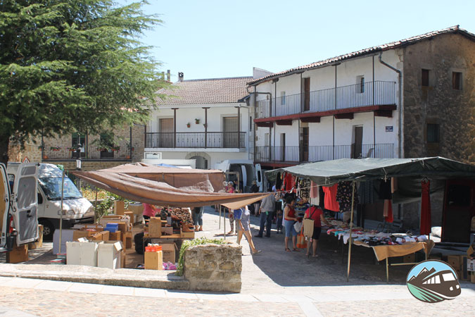Plaza Mayor de Hoyos