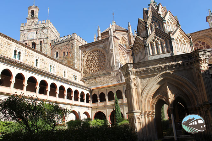 Templete gótico-mudéjar -Guadalupe