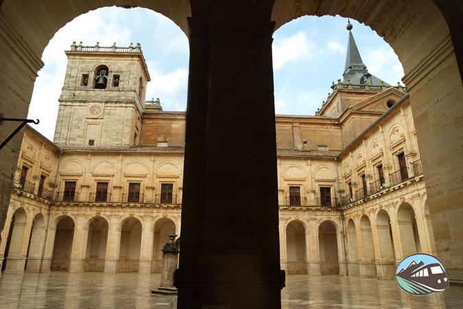Claustro - Monasterio de Uclés