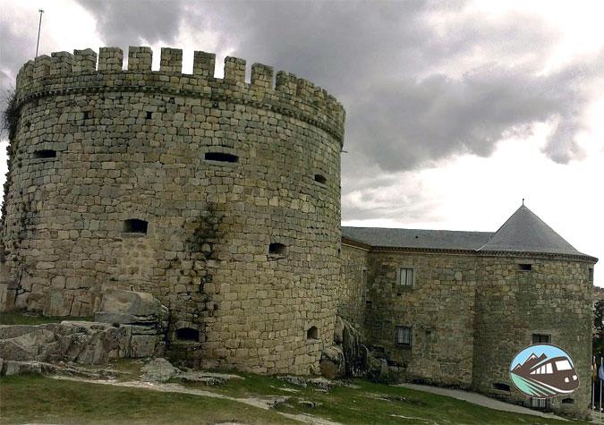 Castillo de Las Navas del Marques