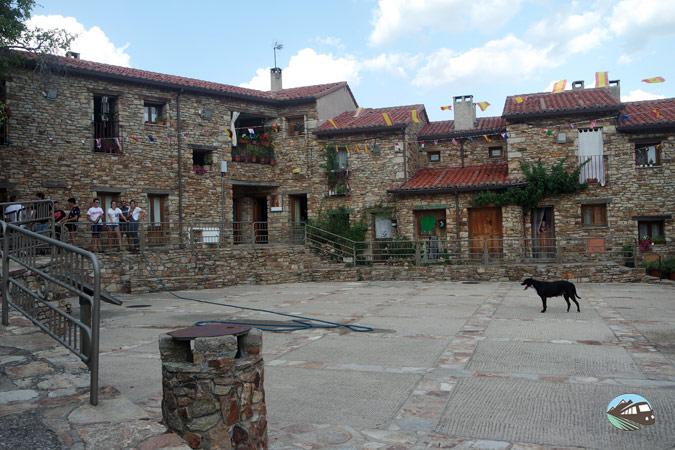 Plaza Mayor de Horcajuelo de la Sierra