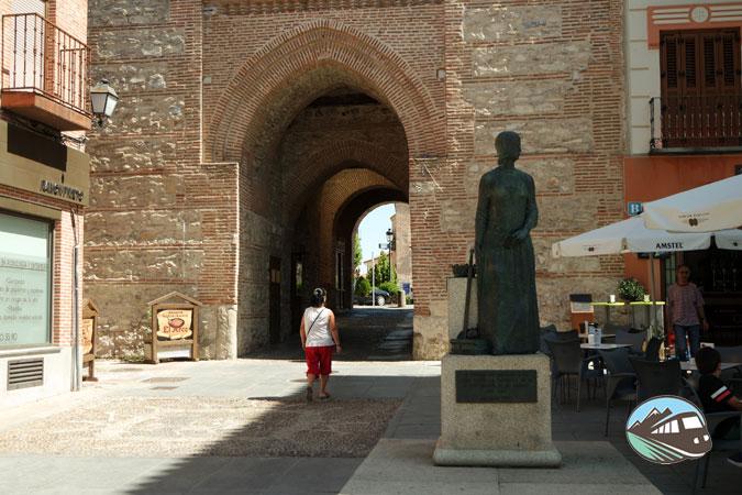 Arco de Alcocer - Arévalo