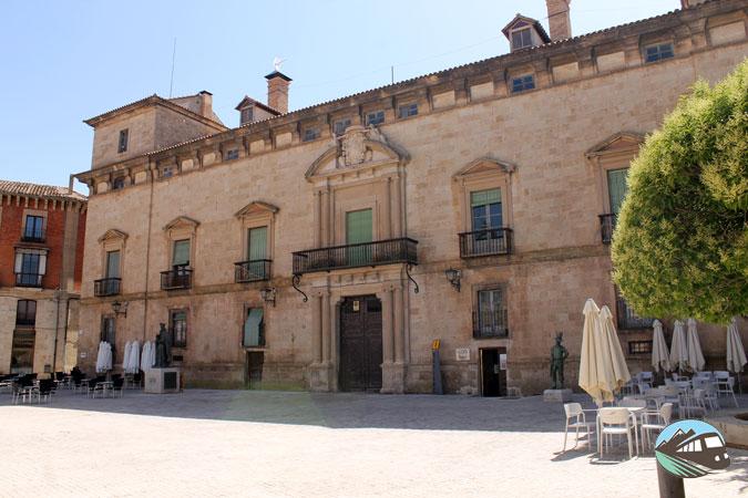 Palacio de los Condes de Altamira - Almazán