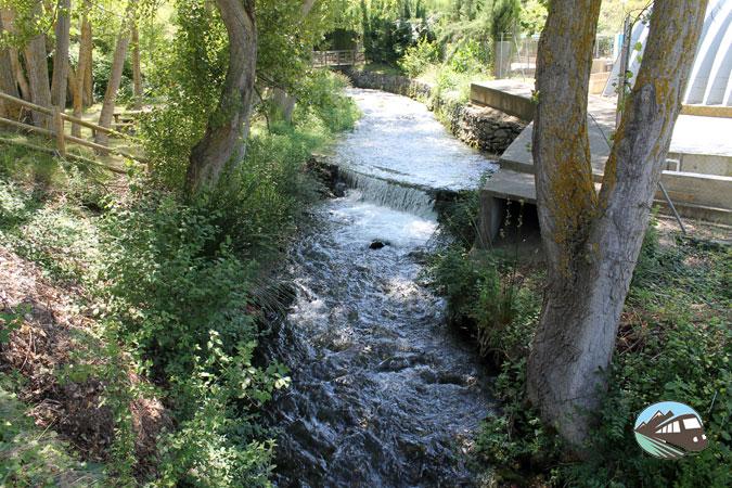 Nacimiento del río Queiles –  Vozmediano