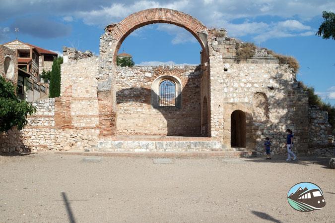 Ruinas de la Iglesia de San Pedro - Hita