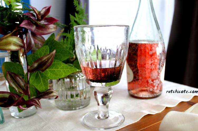 Diariodecolove-mesa-para-dos-vino