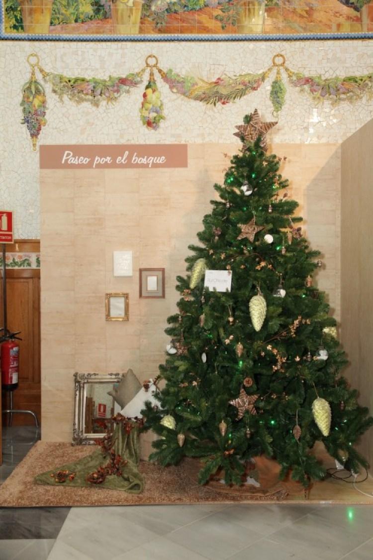Arbol-de-navidad-decorado-leroy-merlin