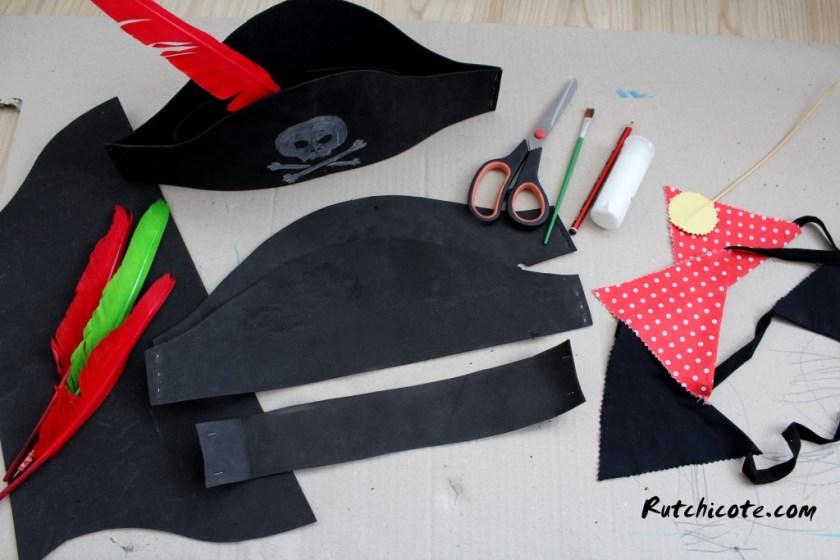 Materiales-sombreros-piratas