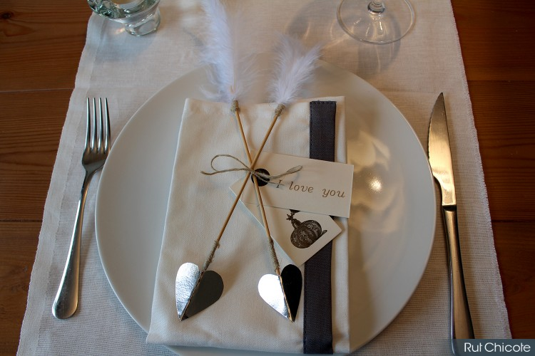 Flechas-de-san-valentin-para-decorar-la-mesa-rutchicote