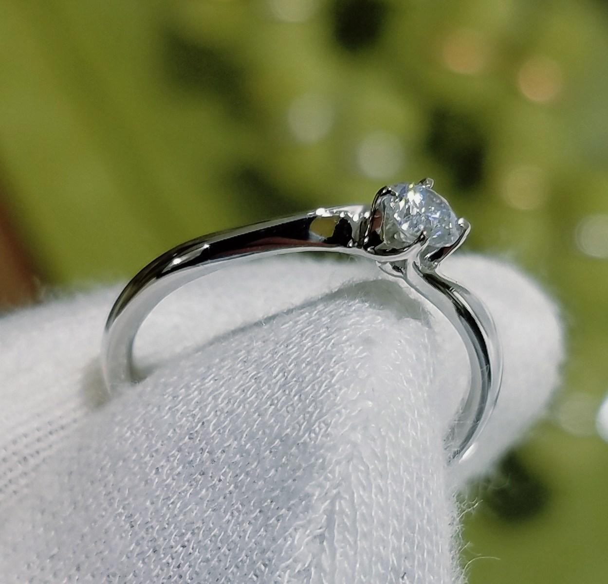 婚約指輪 エンゲージリング(ひねりタイプ)