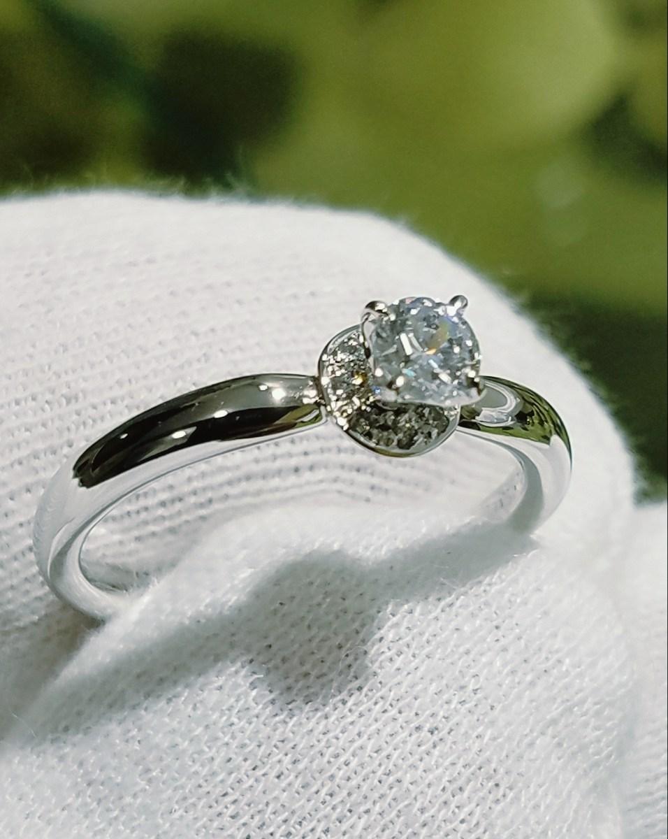 婚約指輪 エンゲージリング(センターメレタイプⅡ)