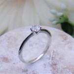 婚約指輪 ソリテールリング
