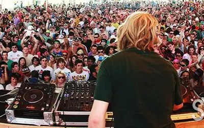 40 or 50 Miles of Awesome Right Here – James Zabiela Live at the Love Festival