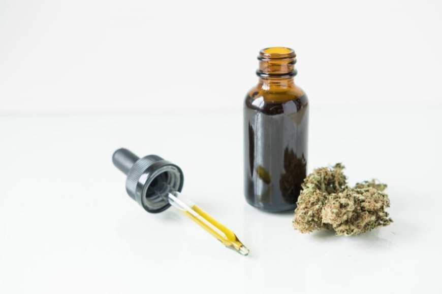 tinctures, cannabis, CBD, THC, cannabinoids, medicine, dropper, health, convenience, dose,