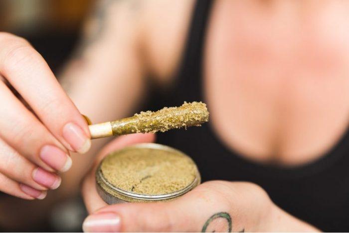 Kief, THC, CBD, cannabinoids, medical cannabis, medical benefits, grinder, kief catcher
