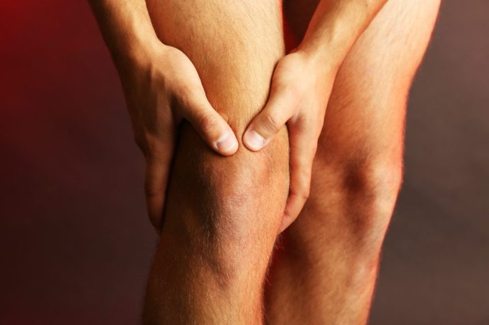 knee pain caused by joint inflammation