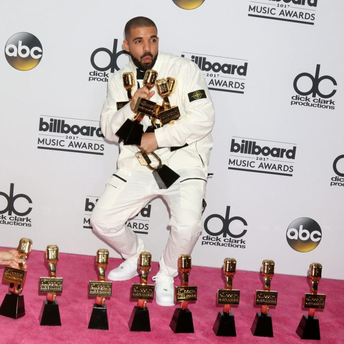 drake holding music awards which will add to his net worth
