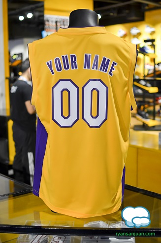 NBA Store 10